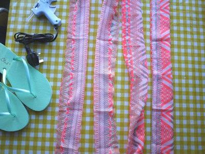 How to make a sandal / flip flop. Repurposed Scarf Flip Flops - Step 2