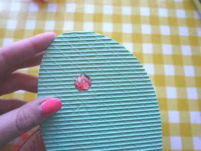 How to make a sandal / flip flop. Repurposed Scarf Flip Flops - Step 7
