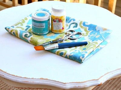 How to make a side table. Decoupaged Fabric Table Makeover - Step 2