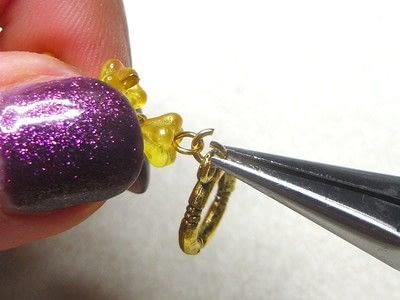 How to make a wire beaded bracelet. Citrine Zig Zag Bracelet - Step 12