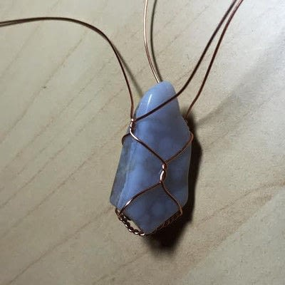 How to make a wire wrapped pendant. Simple Wire Wrapped Pendant - Step 3