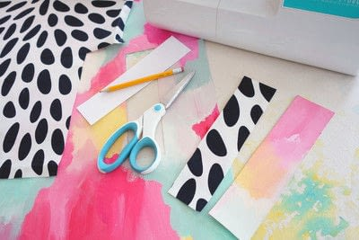 How to make a bookmark. Artsy Canvas Bookmark - Step 2
