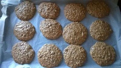 How to bake an oatmeal cookie. Oatmeal Raisin Cookies  - Step 5