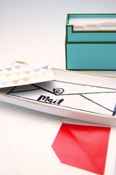 How to make a tray. Diy This Kate Spade Inspired Snail Mail Tray For The Perfect Hostess Gift! - Step 3