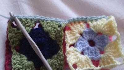 How to crochet a granny square. How To Join With A Double Crochet - Step 9