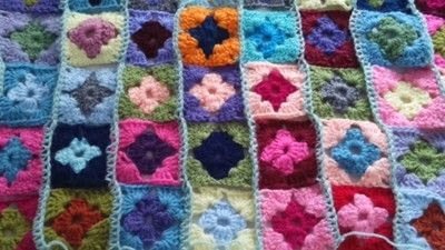 How to crochet a granny square. How To Join With A Double Crochet - Step 13