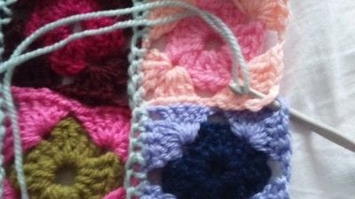 How to crochet a granny square. How To Join With A Double Crochet - Step 14