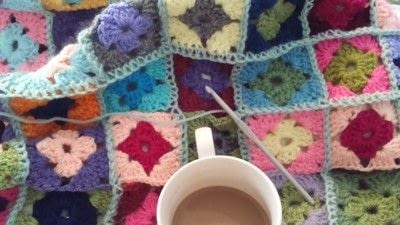 How to crochet a granny square. How To Join With A Double Crochet - Step 17