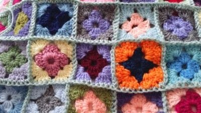 How to crochet a granny square. How To Join With A Double Crochet - Step 18