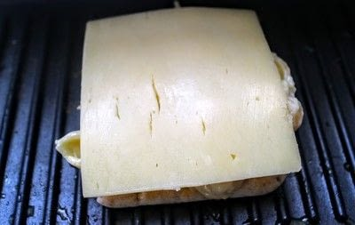How to grill a sandwich. Mac N Cheese Grilled Cheese - Step 8