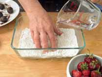 How to bake a mochi. Mochi Dumplings With Strawberries And Red Bean Paste - Step 3