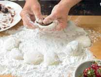 How to bake a mochi. Mochi Dumplings With Strawberries And Red Bean Paste - Step 7