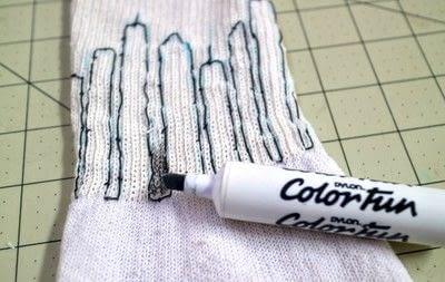 How to make a sock. Glow In The Dark Skyline Socks - Step 4