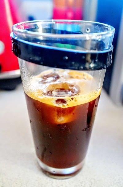 How to mix an Espresso Martini. Nespresso Martini - Step 2
