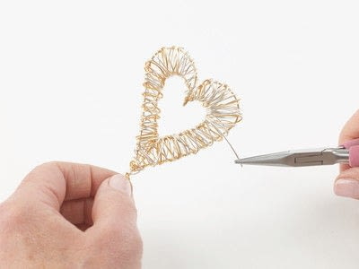 How to make a wire wrapped pendant. Solid Heart Pendant - Step 6