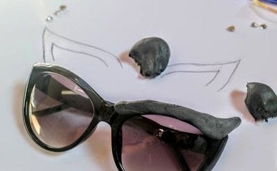 How to make a pair of sunglasses. Cat Eye Sunglasses - Step 3