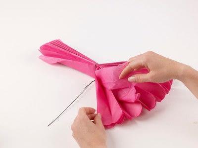 How to make a pom pom decoration. Paper Pompoms - Step 6