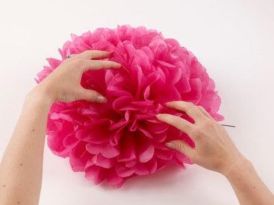 How to make a pom pom decoration. Paper Pompoms - Step 8