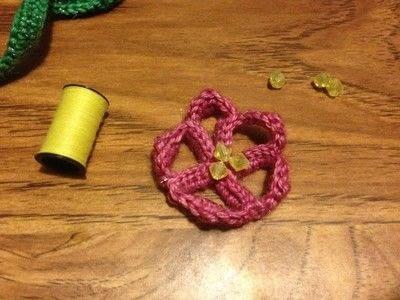 How to crochet a bookmark. Crochet Flower Bookmark - Step 6
