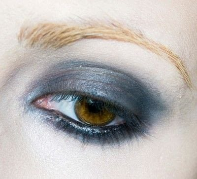 How to create a blue eye makeup look. Shirley Manson's 'milk' Video Look - Step 1