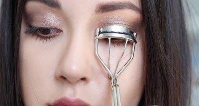 How to create a natural eye makeup. Cara Delevigne Natural Bronze Makeup Tutorial  - Step 10