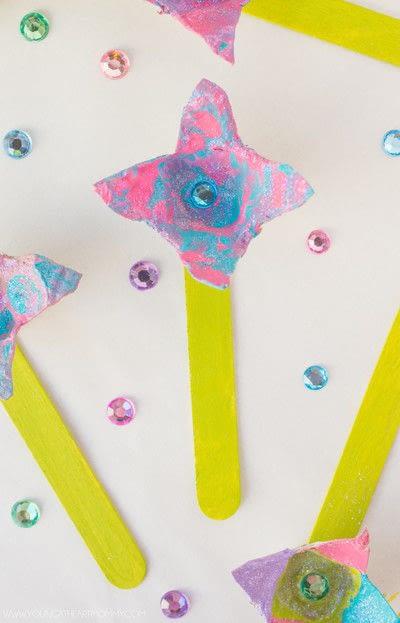 How to make a flowers & rosettes. Egg Carton Flowers - Step 7