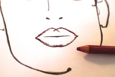How to paint an ombre lip. Ombre Red Lips - Step 2
