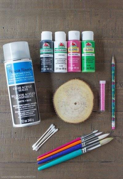 How to paint a painted coaster. Wooden Watermelon Coasters - Step 1