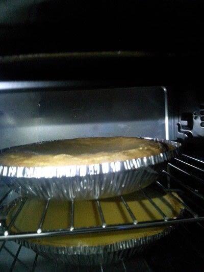 How to bake a cream pie. Peaches And Cream Pie - Step 7