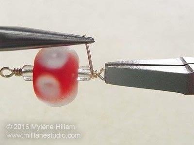 How to make a wire bracelet. Tweetheart Bracelet - Step 4