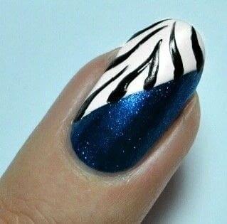 How to paint an animal print nail. Zebra Nail Art  - Step 3
