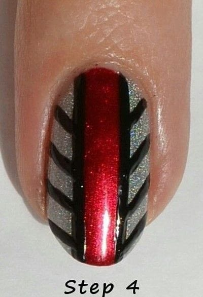 How to paint a stripy nail. Black Widow Nail Art  - Step 4
