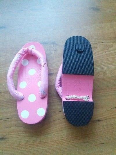 How to make a sandal / flip flop. Polka Pop Geta - Step 13