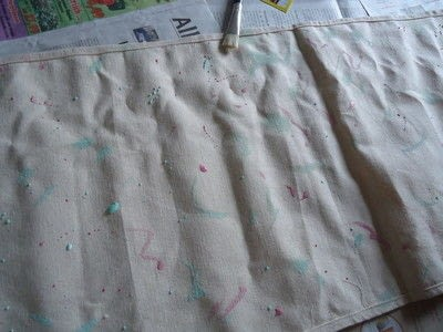 How to make a tablecloth / table runner. Watercolor Insect Print Table Runner - Step 2