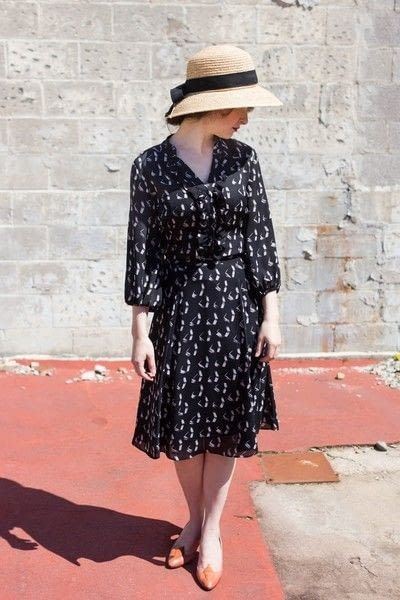 How to revamp a dress by resizing it. Diy 40's Style Dress - Step 8