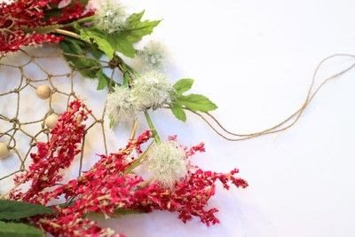 How to make a floral wreath. Flower Wreath Catcher - Step 14