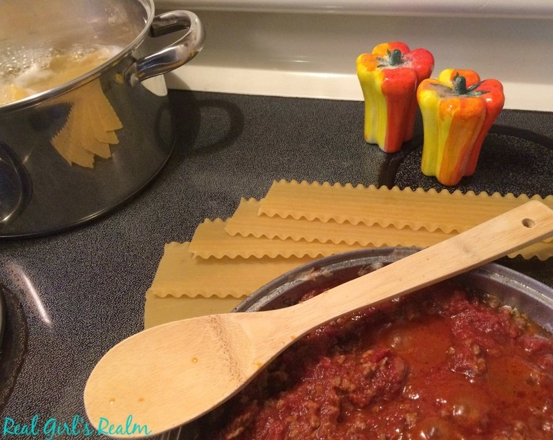 Homestyle Lasagna · How To Cook A Lasagna · Recipes on Cut Out ...