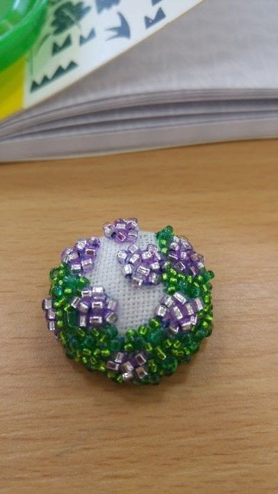 How to make a buttons. Beautiful Beaded Buttons - Step 6