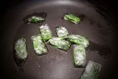 How to make your own ingredient. Herb Ice Cubes - Step 3