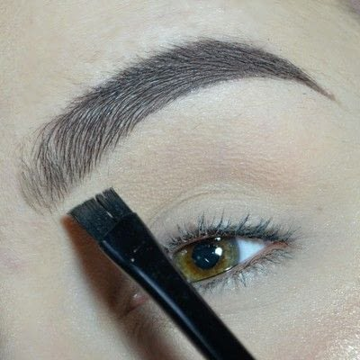 How to makeover an eyebrow. How To Fill In Your Brows!  - Step 4