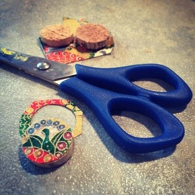 How to make a dangle earring. Upcycled Wine Cork Jewelry - Step 6