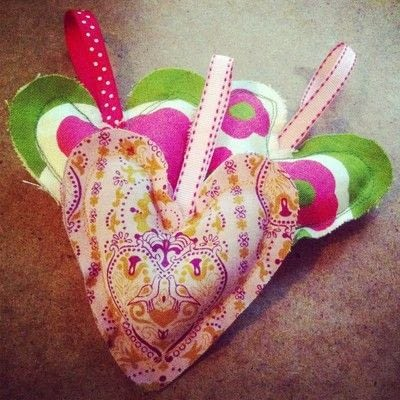 How to make a scent pouches. Repurposed Fabric Lavender Sachet - Step 6