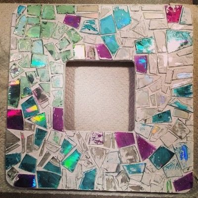 How to decorate an embellished photo frame. Repurposed Cd Mosaic Frame - Step 8