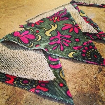 How to make bunting. Upcycled Fabric And Burlap Bunting - Step 2