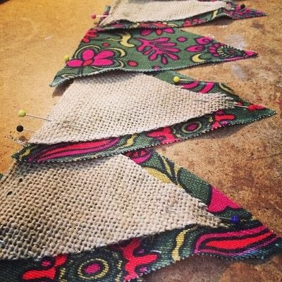 How to make bunting. Upcycled Fabric And Burlap Bunting - Step 3