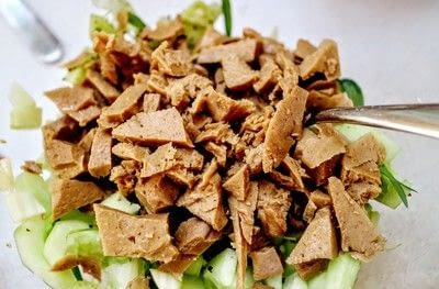 How to make a salad. Seitan Crab Salad - Step 5