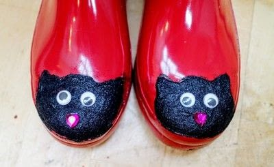 How to make a boot. Cat Wellies - Step 11