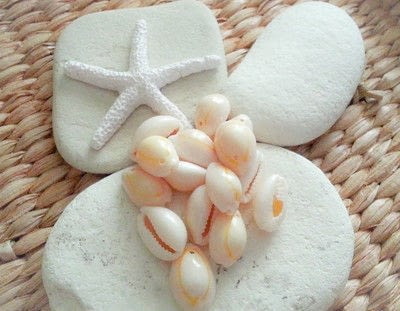 How to make a sandal / flip flop. Easy DIY Seashell Summer Sandals - Step 4