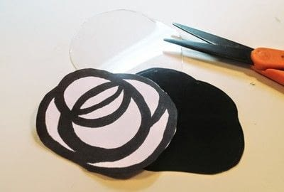 How to make a plastic ring. Stained Glass Rose Ring - Step 5