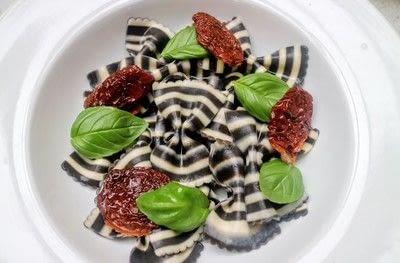 How to cook a Caprese salad. Caprese Pasta Salad - Step 3